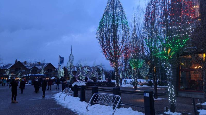 Whistler village Christmas Lighting @ Globalduniya